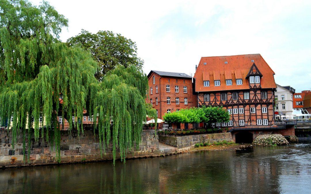 Linksradikale terrorisieren Lüneburg